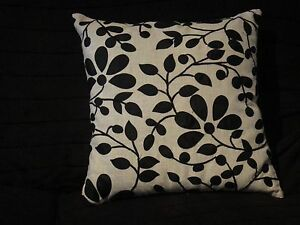 """Catherine Lansfield 18/"""" x 18/"""" PUG Dog Cushion Cover Piped Edging ~ FREE P/&P !!"""