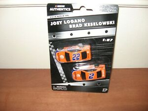 2019 Joey Logano #22 Autotrader & Brad Keselowski #2 Autotrader 1/87 Lionel Wave