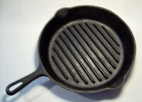 GRISWOLD+WAGNER WARE ~ Early Heavy Duty Cast Iron ANGUS BROILER SKILLET (#9) USA