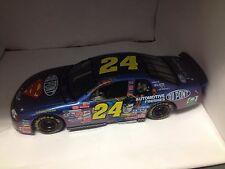 Action 1:24 scale diecast 1999 NASCAR #24 Jeff Gordon Superman