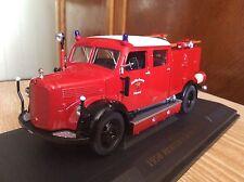 Fire truck 1950 MERCEDES  BENZ  TLF-15 Yat  Ming 1:43