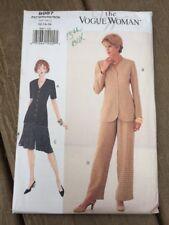Vogue Woman 8987 Top Shorts Pants Size 12 14 16 Uncut Pattern 1990s Career