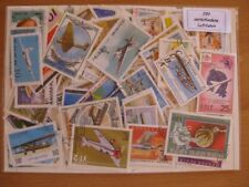 200 verschiedene Briefmarken  Flugzeuge , Ballone , Zeppelin , Luftfahrt