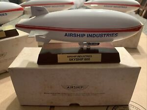 """VINTAGE 7"""" Airship Industries SkyShip 600 Model By A.T.O.M."""