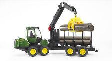 BRUDER®  02133 John Deere 1210E Rückezug mit 4 Baumstämmen & Holzgreifer,   NEU