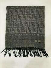 FENDI vintage Grey 100% wool winter scarf Scarves in good condition