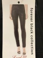 Level 99 Womens Stretch Mid Rise Coated Skinny Jeans. Size 28/6