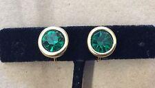 Stunning!!! SWAN SWAROVSKI Emerald Green Crystal Goldtone Clip-on Earrings
