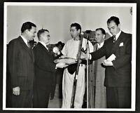 1948 JOE DiMAGGIO Type 1 (?) Photo RECEIVING MVP AWARD
