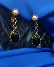 """Vintage 1 1/2"""" Miriam Haskell Pearl onyx screw back clip-on gold tone earrings"""
