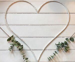 Large 59cm White Rusty Metal Heart Iron Wire Hanging Garden Wedding Decoration
