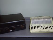 Vintage Scandalli Made In Italy 5664 Accordion 80 Bass & Case