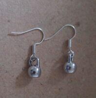 Ohrringe Kettlebell, Hantel, Sport *Neu* Ohrhaken aus Chirurgenstahl versilbert
