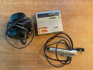 Sony Portable MiniDisc Player Net MD Walkman MZ-N1 TESTED  & WORKING