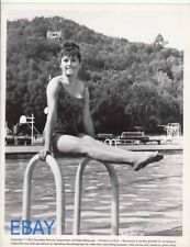 Stefanie Powers sexy leggy barefoot 1962 VINTAGE Photo