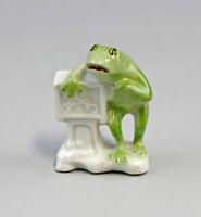 9986253 Porzellan-Figur Frosch mit Leierkasten Lindner Bayern handbemalt H6,5cm