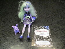 Monster High 13 Wishes Twyla Doll Daughter of the Boogey Man Complete with Pet