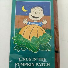 "Vintage PEANUTS LINUS PUMPKIN PATCH HALLOWEEN Autumn Yard Flag 28"" x 40"" NEW"