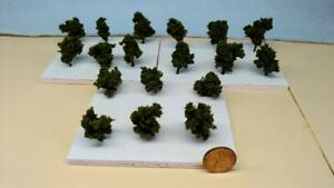 Z SCALE - HAND CRAFTED TREEZ - Light Green - Correct Sized for Z Scale - 18 Pack