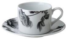 Royal Worcester Negro Peonía Taza de té 170ml y Platillo