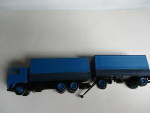 Herpa 1:87 Volvo Flatbed Truck