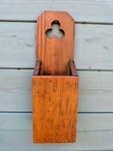ANTIQUE VINTAGE RUSTIC PINE WALL MOUNTED CANDLE BOX HOLDER