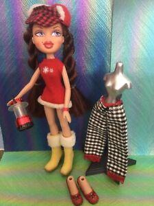 Bratz Campfire Winter Adventure 2005 Phoebe Doll Dress Trousers Shoes & Hat Htf
