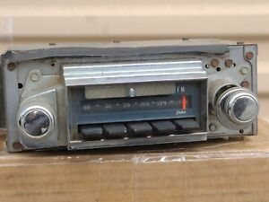 1967 Chevrolet Impala Caprice AM FM Radio Original GM 986847-A No Reserve! VIDEO