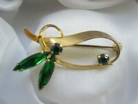 Vintage Jewellery Emerald Glass Gold Tone Metal Flower Leaf Brooch Pin