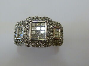 Stunning 18ct White Gold 1ct Diamond Fancy Cluster Ring - Size O + Appraisal