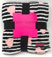 New Betsey Johnson Twin Black Striped Hearts Plush Blanket Ultra Soft 60x90