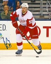 NIKLAS KRONWALL signed DETROIT RED WINGS 8X10 PHOTO COA A