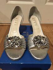 NWB Something Bleu Cashed Peep Toe Metallic Heels Bridal Shoes Sz. 8