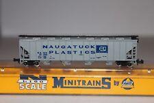 N Scale AHM MiniTrains  4446 Naugatuck Plastic 4 Bay Covered Hopper 15256 C588