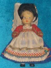 Rare ancienne petite poupée ARI  avec vêtement d'origine