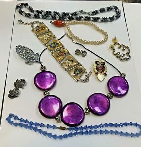 Good Old Lot of Vintage Metal not plastic Costume Jewellery