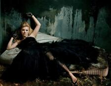 KELLY CLARKSON 8x10 PICTURE GORGEOUS DRESS GREAT PHOTO