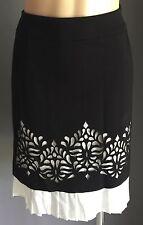Very Stylish Black & White LIZ JORDAN Pencil skirt w Laser Cut Hem Size M (10)