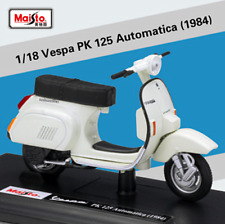 Maisto 1:18 Vespa PK 125 Automatica 1984 Motorcycle Scooter Model Toy New