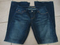 Womens AMERICAN EAGLE flare jeans, 4