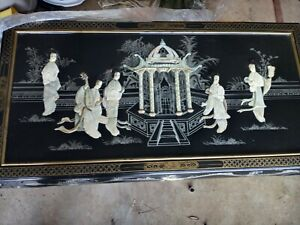 Oriental coffee table, black and mother of pearl