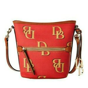 NWT Dooney & Bourke Monogram Zip Sac Crossbody Purse Red Brand New Beautiful