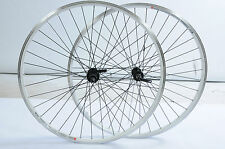 PAIR 700c 622 x 19 WHEELS 8/9 CASSETTE WHITE DUAL WALL RIMS XC BIKE BLACK SPOKES