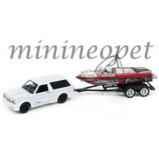 JOHNNY LIGHTNING GONE FISHING JLBT003 A 1992 GMC TYPHOON w BOAT 1/64 GLOSS WHITE