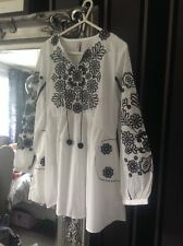 Ethnic Outfitters Kurta Used Black And White Short