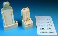 Barracuda 32164 x 1/32 P-51D Mustang Late Seat with Belts for Tamiya (Resin)