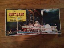 PYRO Plastics #237 The Mississippi Steamboat Robert E Lee Plastic Model Kit Box