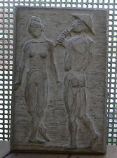 """Grosse ältere Stein - Beton Wandplatte """" Spielmann mit Frau """" sign. 1979"""