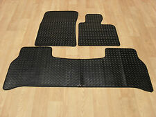Land Rover Range Rover Vogue 2002-12 Fully Tailored RUBBER Car Mats in Black.