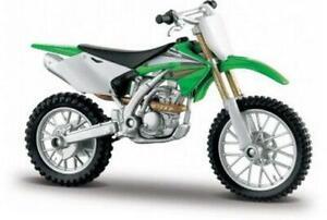 Kawasaki KX250F in Green 1:18 scale motorbike model from maisto